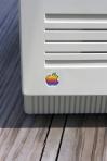 Apple logo 4511277095_21fbf854bd_z