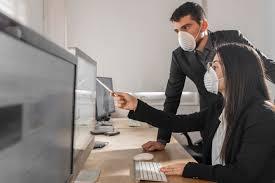 Employees w masks 5.10.21
