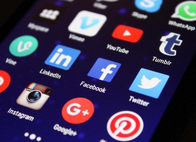 Social_media Logos 3.8.21